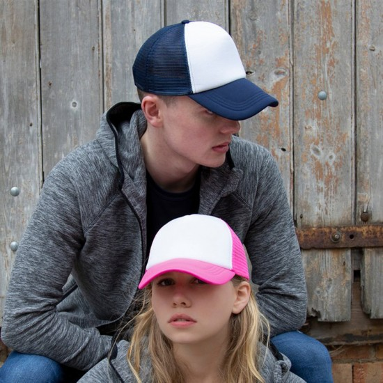 Пет панелна шапка в ретро стил Traker